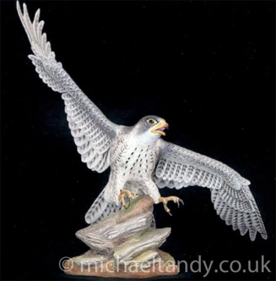 Peregrine Falcon – Ceramic